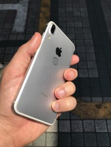 iphone 8 silver color leaked