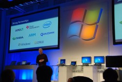 Windows 8 Loaded with 300+ Features